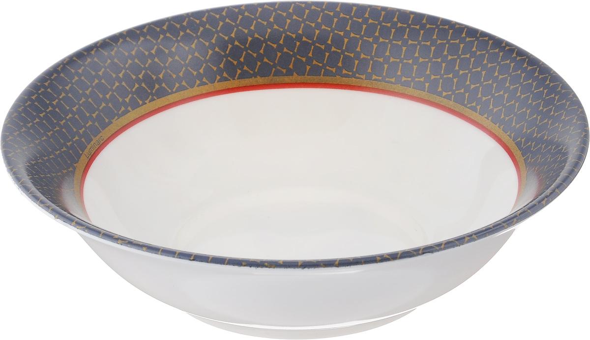 Салатник Luminarc Alto Saphir, диаметр 16 смJ1934Салатник Luminarc Alto Saphir выполнен из ударопрочного стекла и имеет классическую круглую форму. Он прекрасно впишется в интерьер вашей кухни и станет достойным дополнением к кухонному инвентарю. Салатник Luminarc Alto Saphir подчеркнет прекрасный вкус хозяйки и станет отличным подарком. Диаметр салатника (по верхнему краю): 16 см.