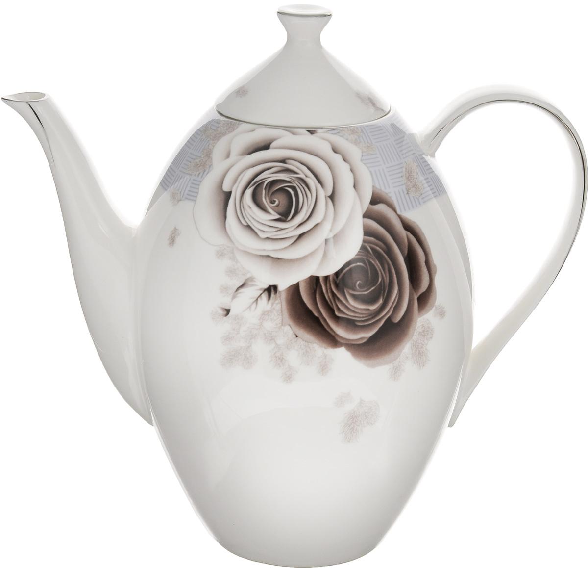 Чайник заварочный Family & Friends Дэниш, 1,3 л94672Заварочный чайник Family & Friends Дэниш изготовлен из фарфора, покрытого блестящей глазурью. Изделие декорировано серебристой эмалью и красивым изображением цветов. Такой заварочный чайник станет изысканным украшением стола к чаепитию и порадует вас и ваших гостей оригинальным дизайном и качеством исполнения. Чайник прекрасно подойдет в качестве подарка к любому случаю. Диаметр (по верхнему краю): 6,5 см. Высота (с крышкой): 21 см.