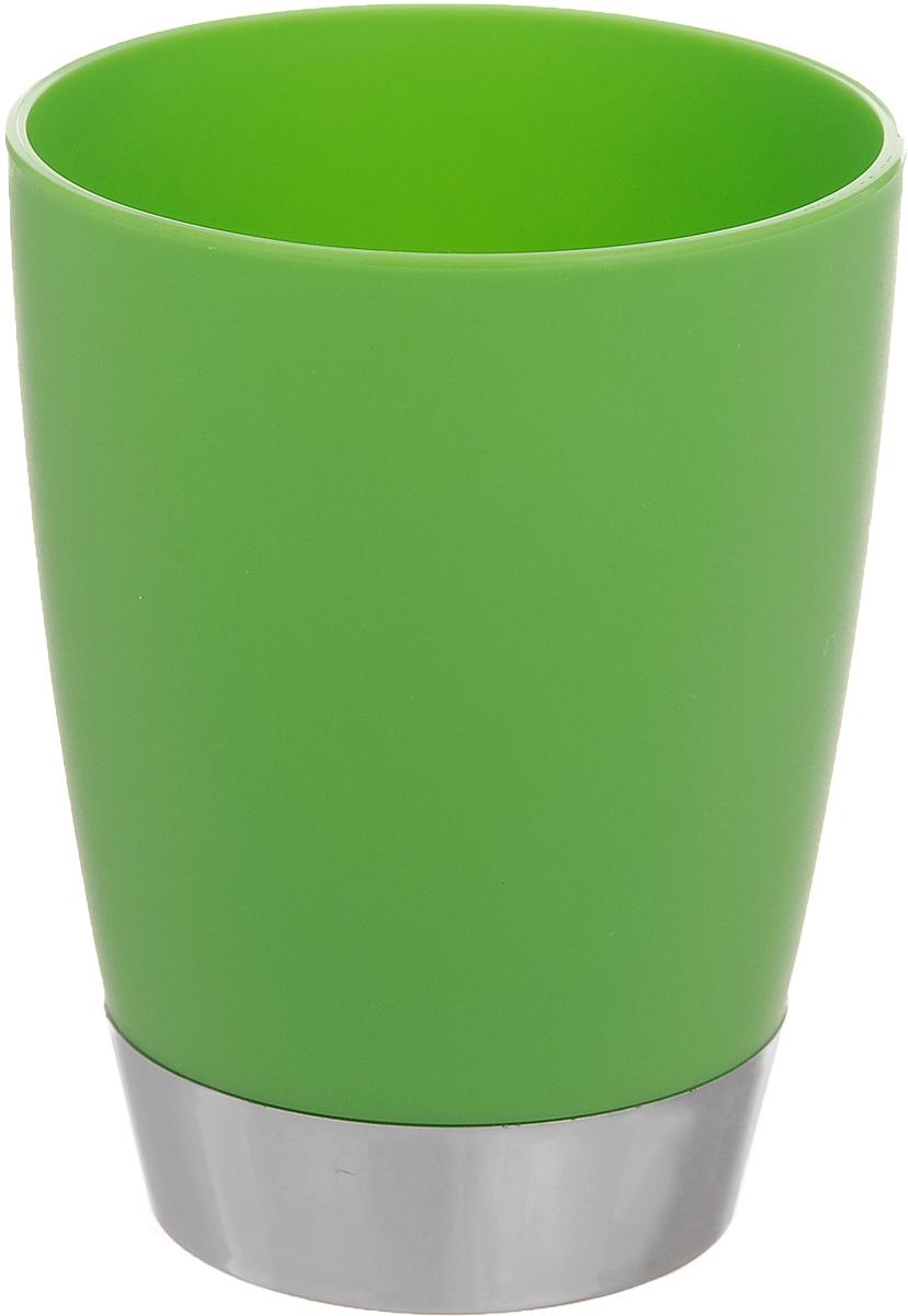 Стакан для ванной комнаты Fresh Code Настроение, цвет: зеленый, 300 мл64923_зеленыйСтакан для ванной комнаты Fresh Code Настроение изготовлен из высококачественного полипропилена. В нем удобно хранить зубные щетки, тюбики с зубной пастой и другие принадлежности. Такой аксессуар для ванной комнаты стильно украсит интерьер, а также добавит в обычную обстановку яркие и модные акценты. Диаметр стакана (по верхнему краю): 8 см. Высота стакана: 10 см.