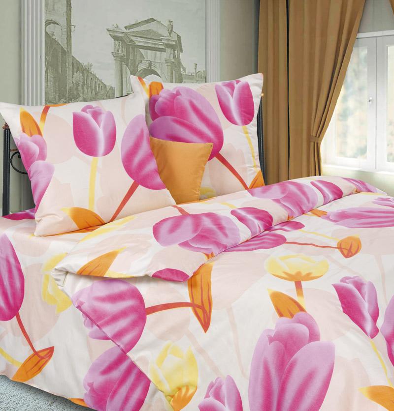 Комплект белья P&W Тюльпаны, 2-спальный, наволочки 69х69, цвет: молочный, желтый, розовыйPW-63-173-175-69Комплект постельного белья P&W Тюльпаны выполнен из микрофибры. Комплект состоит из пододеяльника, простыни и двух наволочек. Постельное белье оформлено изысканным рисунком. Ткань приятная на ощупь, мягкая и нежная, при этом она прочная и хорошо сохраняет форму, легко гладится. Ткань микрофибра - новая технология в производстве постельного белья. Тонкие волокна, используемые в ткани, производят путем переработки полиамида и полиэстера. Такая нить не впитывает влагу, как хлопок, а пропускает ее через себя, и влага быстро испаряется. Изделие не деформируется и хорошо держит форму. Благодаря такому комплекту постельного белья, вы сможете создать атмосферу роскоши и романтики в вашей спальне.