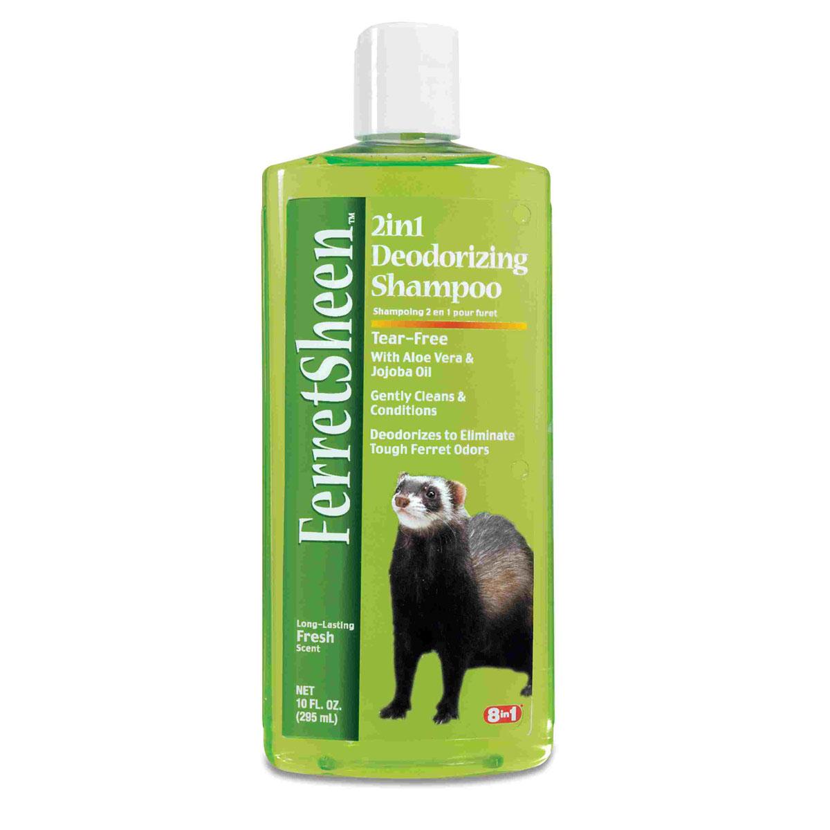 Шампунь для хорьков 8 in1 Shampoo Ferretsheen Deodorizing, дезодорирующий, 295 мл0120710Шампунь для хорьков дезодорирующий содержит мощные микро-капсулированные ферменты, которые эффективно борются с резким неприятным запахом.Масло жожоба и алоэ вера смягчают кожу и ухаживают за шерстью, позволяя ей выглядеть наилучшим образом. Шампунь не раздражает кожу.После купания шерсть хорька надолго сохраняет приятный аромат огурца и дыни. Полностью намочите шерсть хорька, нанесите шампунь и вспеньте. Для достижения наилучшего результата оставьте шампунь на шерсти в течение нескольких минут, втирая его массажными движениями. Хорошо смойте водой, насухо вытрите и расчешите шерсть зверька.