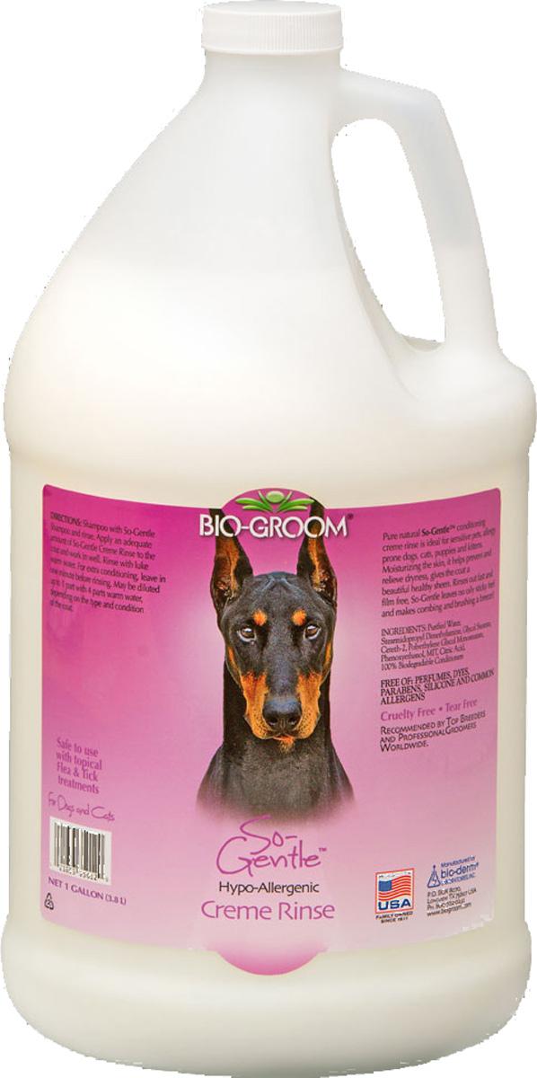 Кондиционер гипоаллергенный Bio-Groom So-Gentle cream, 3,8 л0120710Гипоаллергенный сверх мягкий кондиционер для собак, кошек, котят и щенков, без косметических добавок, парабенов, красителей и химикатов. Увлажняя кожу, предотвращает сухость и обеспечивает шерсть здоровым блеском. Содержит кокосовое и овощные масла. Не раздражает глаза. Хорошо смывается. Не оставляет шерсть липкой, облегчает расчесывание. ИНСТРУКЦИЯ ПО ПРИМЕНЕНИЮ: Помойте питомца шампунем So-Gentle. Используйте кондиционер не разведенным или разведенным до 1 к 4, в зависимости от состояния шерсти. Нанесите достаточное количество на шерсть и вотрите. Подождите одну-две минуты и смойте водой комнатной температуры.