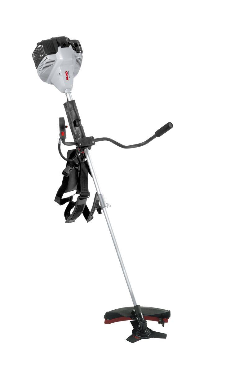 Мототриммер AL-KO BC 4535 II-S112940Возможности применения мототриммера AL-KO BC 4535 II-S универсальны - стрижка травы как газонной, так и дикорастущей, расчистка участков от кустарника или другой растительности. В зависимости от рода работы можно использовать одну из двух насадок: триммерную головку или металлический лопастной нож. Насадки входят в стандартную комплектацию этой модели. Эффективность инструмента определяют две составляющих: мощность и ширина захвата. На AL-KO BC 4125 II-S установлен двухтактный бензиновый двигатель с ручным пуском мощностью 1,2 л.с. Посредством жесткого вала мощность отдается на рабочую насадку. Ширина захвата зависит от установленного инструмента. При использовании триммерной головки она составляет 41 см, нож обеспечивает захват 25 см. Для удобства эксплуатации в комплекте предусмотрен плечевой ремень. Мощность: 1,1 кВт. Сухой вес: 7,6 кг. Рабочий вес без бензина: 9 кг. Свеча зажигания: L8RTC. Диаметр нити: 2,5 мм. Ширина реза нити: 41...