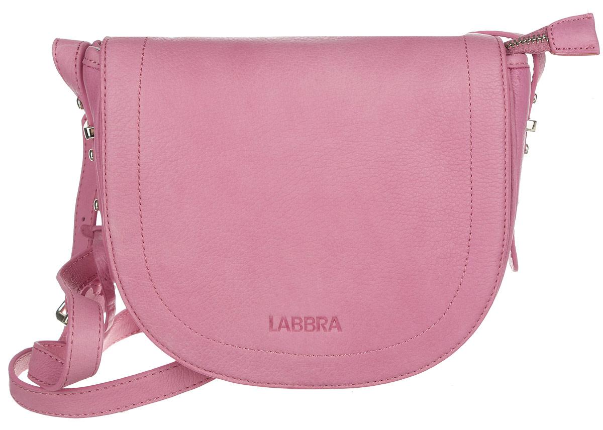 Сумка женская Labbra, цвет: розовый. L-FB303L-FB303Стильная женская сумка Labbra выполнена из натуральной кожи с зернистой фактурой, оформлена символикой бренда и декоративной подвеской. Изделие содержит одно вместительное отделение, закрывающееся на застежку-молнию и дополнительно клапаном на магнитную кнопку. Внутри сумки расположены накладной кармашек для мелочей и врезной карман на застежке-молнии. Задняя сторона сумки дополнена врезным карманом на молнии. Изделие оснащено практичным плечевым ремнем регулируемой длины. Оригинальный аксессуар позволит вам завершить образ и быть неотразимой.