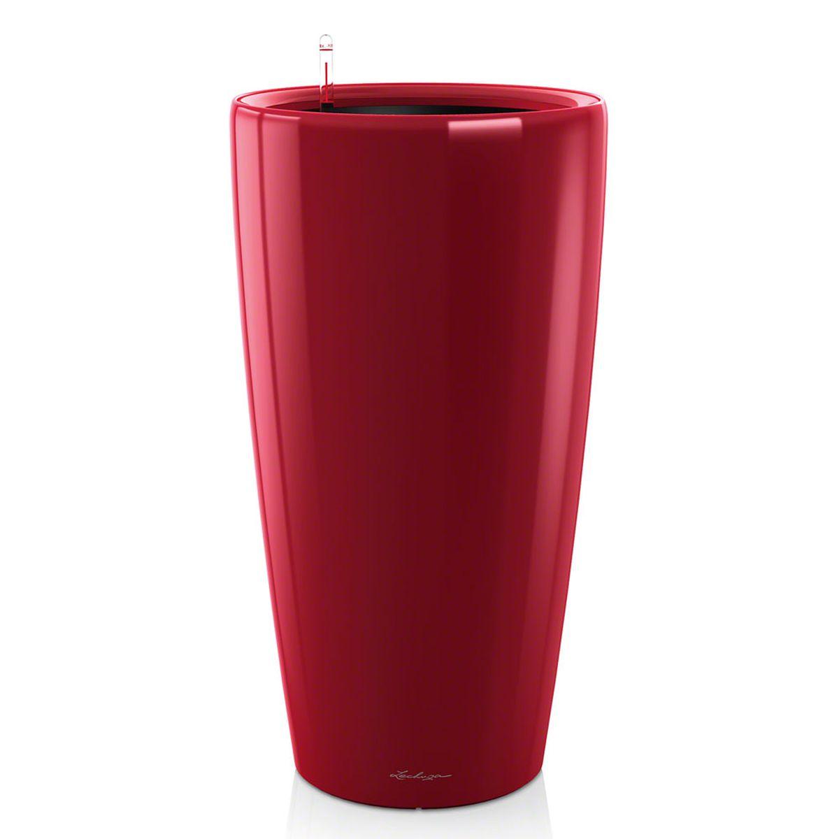 Кашпо Lechuza Rondo, с системой автополива, цвет: красный, диаметр 32 см15799Кашпо Lechuza Rondo, изготовленное из высококачественного пластика, идеальное решение для тех, кто регулярно забывает поливать комнатные растения. Стильный дизайн позволит украсить растениями офис, кафе или любое другое помещение. Кашпо Lechuza Rondo с системой автополива упростит уход за вашими цветами и поможет растениям получать то количество влаги, которое им необходимо в данный момент времени. В набор входит: кашпо, внутренний горшок, индикатор уровня воды, вал подачи воды, субстрат растений в качестве дренажного слоя, резервуар для воды. Внутренний горшок, оснащенный выдвижными ручками, обеспечивает: - легкую переноску даже высоких растений; - легкую смену растений; - можно также просто убрать растения на зиму; - винт в днище позволяет стечь излишней дождевой воде наружу. Кашпо Lechuza Rondo украсит любой интерьер и станет замечательным подарком для ваших родных и близких.