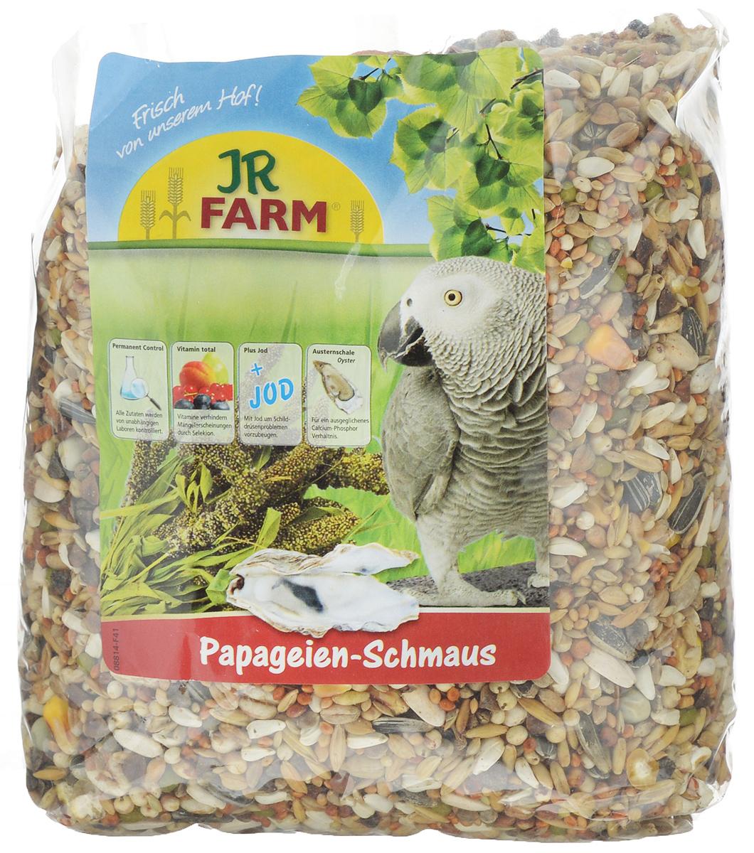 Корм для попугаев JR Farm Classic, 1 кг08400Корм JR Farm Classic - это полностью сбалансированный корм для попугаев. В состав добавлены раковины устриц для обеспечения кальций-фосфорного баланса, а также все необходимые витамины и микроэлементы. Все ингредиенты корма сбалансированы по содержанию витаминов и микроэлементов для поддержания отличного здоровья попугаев. Корм предназначен для всех африканских серых попугаев, амазонских попугаев, какаду, неразлучников и других попугаев. Рекомендации по кормлению: ежедневно насыпайте корм в количестве 5% от массы тела птицы. Состав: кардиган, сорго обыкновенное, полосатые семена подсолнечника, Манна просо, канареечное семя, Ла Плат просо, зерно, гречневая крупа, Мило, пшеница, рис Пэдди, плющеный овес, семя конопли, бобы, белые семена подсолнечника, овес неочищенный, горох, шиповник, раковины устрицы (2%), воздушная пшеница, тыквенные семена. Основной анализ: белки 13,8 %, жиры 13,3 %, клетчатка 5,9 %, зола 4,5 %, влажность 10,3 %, кальций 0,9 %,...