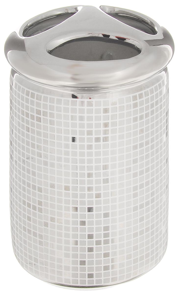 Стакан для зубных щеток Vanstore Mosaic361-02Стакан для зубных щеток Vanstore Mosaic изготовлен из прочной качественной керамики и оформлен в стиле мозаики. Изделие оснащено тремя отверстиями для зубных щеток. Такой стакан красиво дополнит интерьер ванной комнаты и создаст особую атмосферу уюта и комфорта.