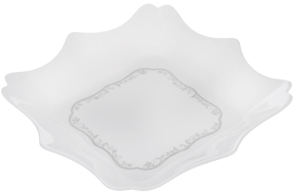 Тарелка глубокая Luminarc Authentic Silver, цвет: белый, 22,5 х 22,5 смH8384Глубокая тарелка Luminarc Authentic Silver выполнена из ударопрочного стекла и оформлена в классическом стиле. Изделие сочетает в себе изысканный дизайн с максимальной функциональностью. Прекрасно впишется в интерьер вашей кухни и станет достойным дополнением к кухонному инвентарю. Можно мыть в посудомоечной машине и использовать в СВЧ. Размер (по верхнему краю): 22,5 х 22,5 см. Высота стенки: 4,5 см.