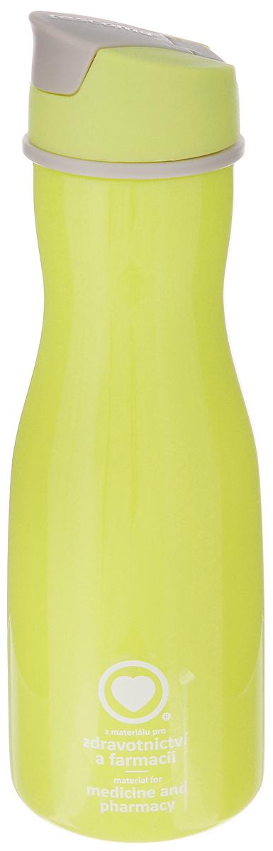 Бутылка для воды Tescoma Purity, цвет: салатовый, 700 мл891982_салатовыйСтильная бутылка для воды Tescoma Purity, изготовленная из высококачественного пластика, оснащена съемным текстильным ремешком и крышкой с силиконовым уплотнителем, которая плотно и герметично закрывается, сохраняя свежесть и изначальную температуру напитка. Изделие прекрасно подойдет для использования в жаркую погоду: вода долго сохраняет первоначальные свойства и вкусовые качества. При необходимости в бутылку можно наливать витаминизированные напитки, фруктовые соки, чай или протеиновые коктейли. Такую бутылку можно без опаски положить в рюкзак, закрепить на поясе или велосипедной раме. Она пригодится как на тренировках, так и в походах или просто на прогулке. Бутылку разрешено кипятить и мыть в посудомоечной машине. Изделие можно использовать в холодильнике и микроволновой печи. Ремешок и крышку не рекомендуется мыть в посудомоечной машине. Диаметр горлышка бутылки: 5 см. Диаметр основания: 8 см. Высота...
