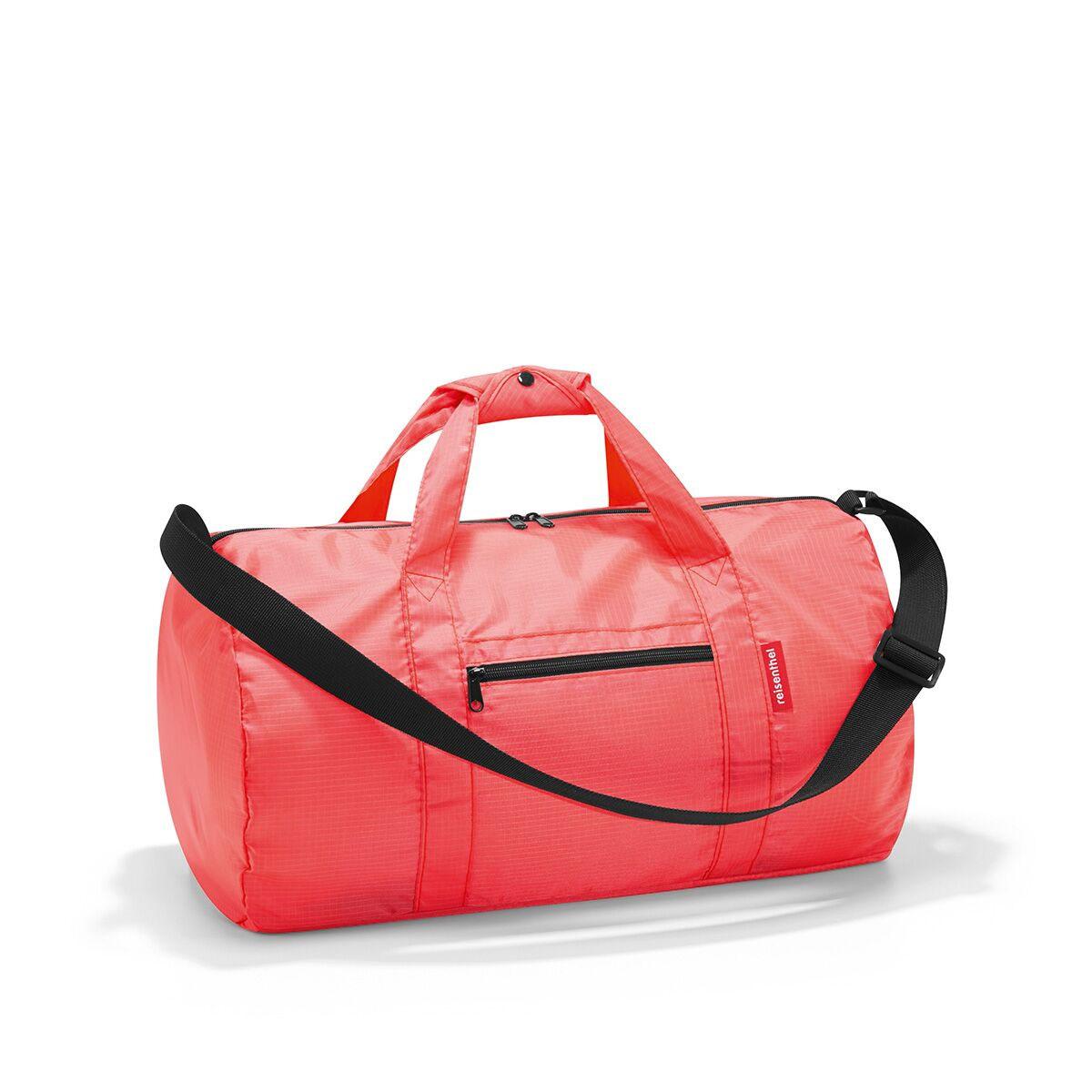 Сумка спортивная женская Reisenthel, цвет: коралловый. AM3051101057Универсальная сумка-трансформер серии Mini Maxi, предназначенная для путешествий и спорта. Подходит для хранения, компактно складывается в собственный внутренний карман. У модели вместительное основное отделение на молнии, экономит место при хранении и перевозке в сложенном состоянии, регулируемый наплечный ремень, ручки для переноски, регулируемые при помощи специальных застежек, два внешних кармана на молнии, материал: высококачественный водостойкий полиэстер, объем - 20 литров.