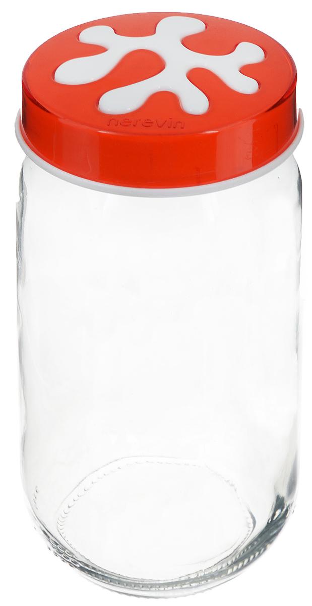 Банка для сыпучих продуктов Herevin, цвет: прозрачный, оранжевый, 1 л. 135377-007135377-007_оранжевыйБанка для сыпучих продуктов Herevin изготовлена из прочного стекла и оснащена плотно закрывающейся пластиковой крышкой. Благодаря этому внутри сохраняется герметичность, и продукты дольше остаются свежими. Изделие предназначено для хранения различных сыпучих продуктов: круп, чая, сахара, орехов и другого. Функциональная и вместительная, такая банка станет незаменимым аксессуаром на любой кухне. Можно мыть в посудомоечной машине. Пластиковые части рекомендуется мыть вручную. Объем: 1 л. Диаметр (по верхнему краю): 7,5 см. Высота банки (без учета крышки): 18 см.