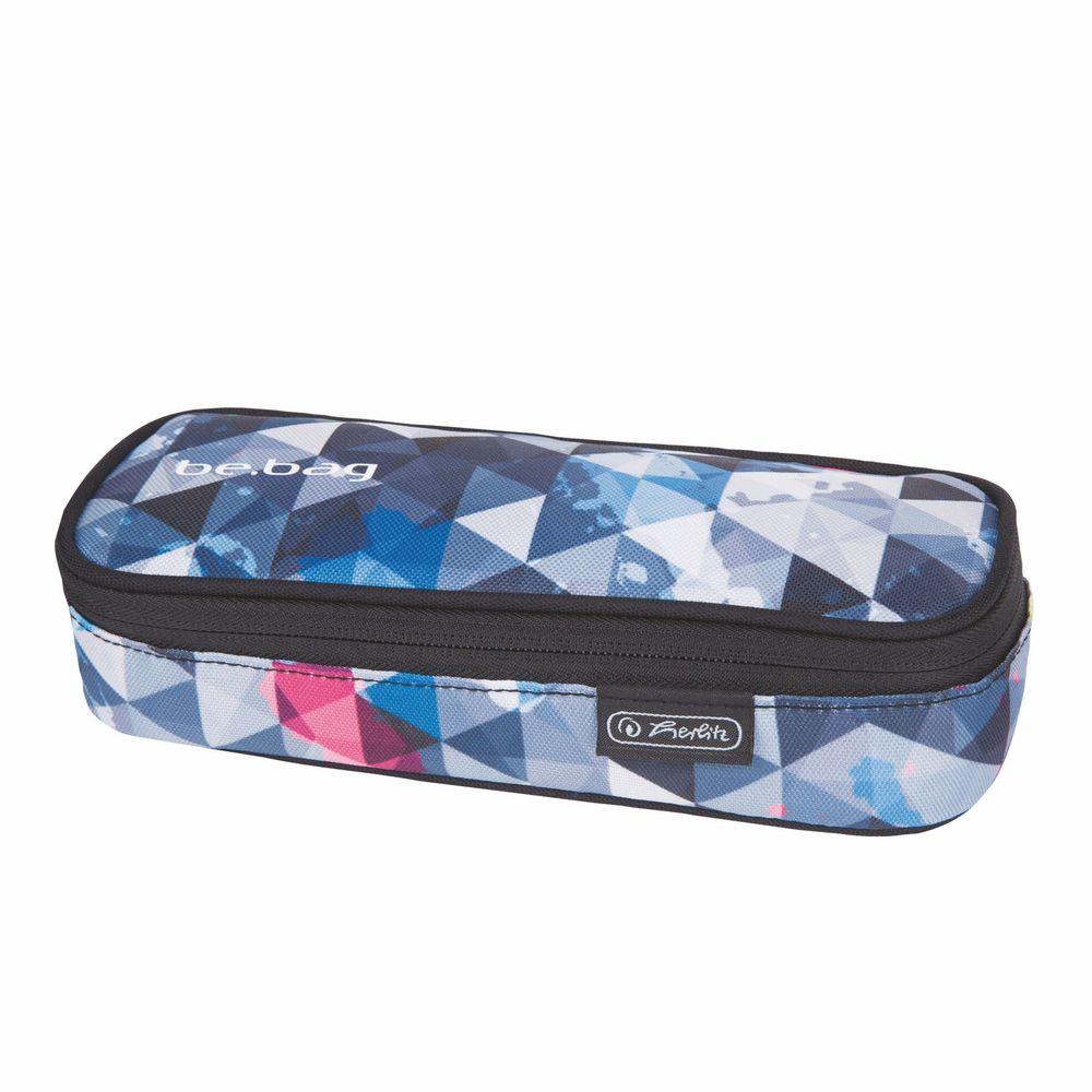 Herlitz Пенал Soft Case Cube Snowboard37493Пенал Herlitz из серии Be.Bag Soft Case Cube Snowboard выполнен из прочного материала и закрывается на застежку-молнию. Состоит из одного вместительного отделения. Внутри пенала находятся эластичные крепления для канцелярских принадлежностей.Этот пенал станет не только практичным, но и стильным школьным аксессуаром для любого ребенка.