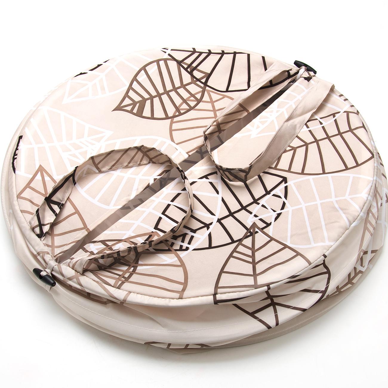 Корзина для белья Aqva Line Пастель, 46 х 53 см. 1300033B1300033BСкладывающаяся корзина для белья выполнена из прочного материала, приятного на ощупь, устойчивого к разрывам и проколам. Корзина снабжена двумя удобными ручками для переноски и закрывается сверху на молнию. Корзина очень удобна в использовании - в собранном виде она обладает вместительным объемом, а в сложенном, напротив, занимает очень мало места. Корзина безусловно займет достойное место в вашей ванной комнате, кроме того, у нас вы сможете подобрать к ней шторы для ванной, коврики, а также все необходимые аксессуары, выдержанные в том же стиле.