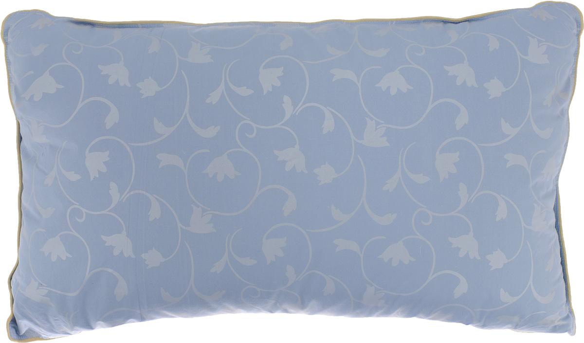 Подушка Легкие сны Камелия, наполнитель: гусиный пух, 38 x 60 см46(15)02-ЛПодушка Легкие сны Камелия поможет расслабиться, снимет усталость и подарит вам спокойный и здоровый сон. Наполнителем этой подушки является воздушный и легкий гусиный пух первой категории. Чехол изделия выполнен из пуходержащего тика небесно-голубого цвета с растительным рисунком. Тик - это натуральная хлопчатобумажная ткань, отличающаяся высокой плотностью, идеально подходит для пухо-перовых изделий, так как устойчива к проколам и разрывам, а также отличается долговечностью в использовании. Это отличный вариант для подарка себе и своим близким и любимым. Рекомендации по уходу: Деликатная стирка при температуре воды до 30°С. Отбеливание, барабанная сушка и глажка запрещены. Разрешается обычная химчистка. Степень поддержки: средняя.