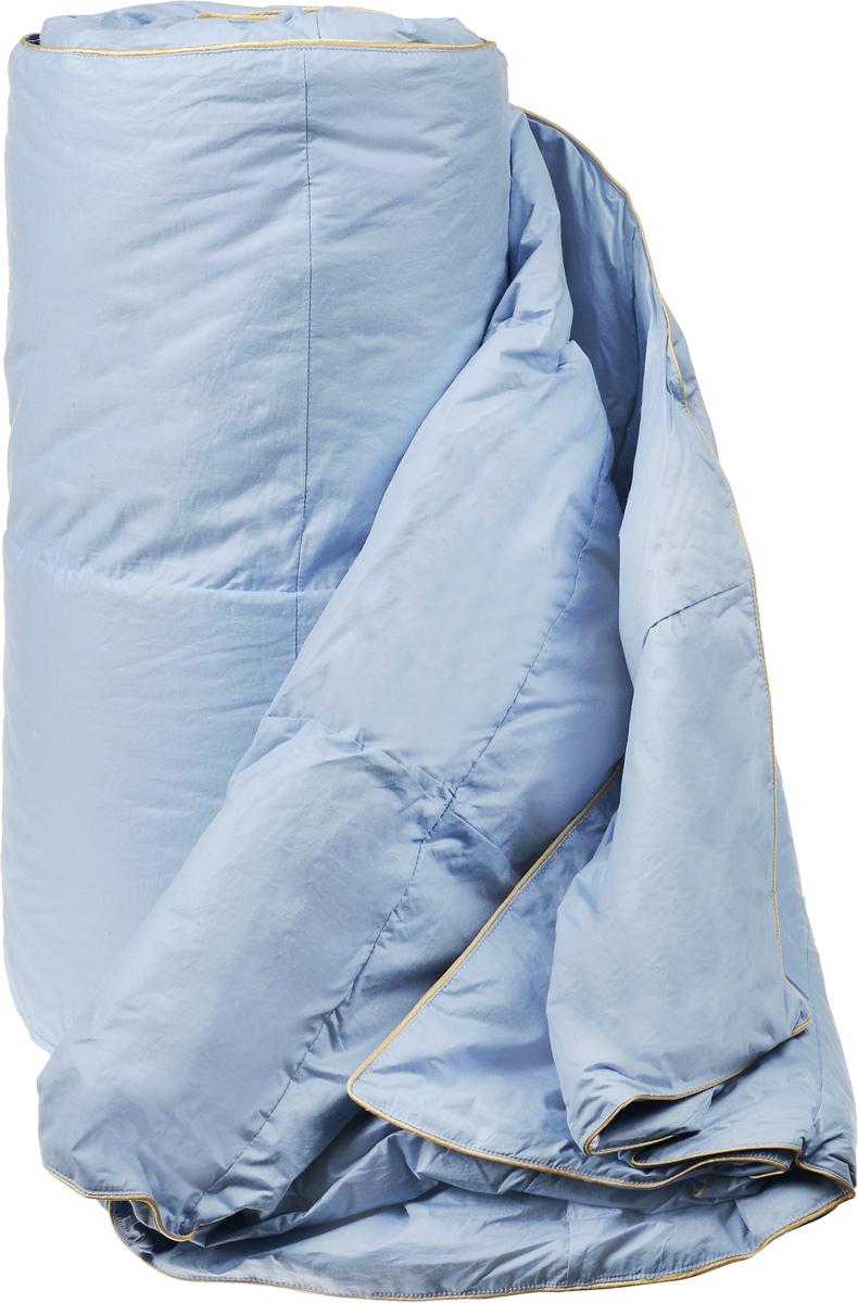 Одеяло легкое Легкие сны Камелия, наполнитель: гусиный пух, 172 х 205 см172(15)02-ЛОЛегкое двуспальное одеяло Легкие сны Камелия поможет расслабиться, снимет усталость и подарит вам спокойный и здоровый сон. Одеяло наполнено серым гусиным пухом первой категории. Кассетное распределение пуха способствует сохранению формы и воздушности изделия. Легкое пуховое одеяло - универсальный вариант на осень, весну и лето. Облегченное исполнение гарантирует воздушность и терморегуляцию. Одеяло позволяет коже дышать, обеспечивая здоровый сон и полное восстановление сил на утро. Чехол одеяла выполнен из пуходержащего тика. Это натуральная хлопчатобумажная ткань, отличающаяся высокой плотностью, идеально подходит для пухо-перовых изделий, так как устойчива к проколам и разрывам, а также отличается долговечностью в использовании. Одеяло простегано и отделано по краю шелковым кантом золотистого цвета. Одеяло можно стирать в стиральной машине.