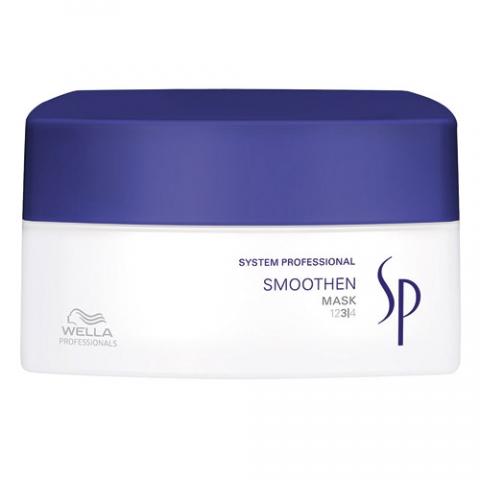 Wella SP Маска для гладкости волос Smoothen Mask, 200 млБ33041_шампунь-барбарис и липа, скраб -черная смородинаМаска для гладкости волос Wella SP Smoothen Mask действует буквально за пять минут, контролируя непослушные волосы. Сглаживающая маска обеспечивает интенсивное и успокаивающее лечение грубых волос, прекрасно распутывает волосы, оставляя их эластичными. Одним из важнейших компонентов маски является активный кашемировый комплекс для тщательного контроля и ухода за жесткими волосами, который придает им роскошный вид и восхитительную эластичность.