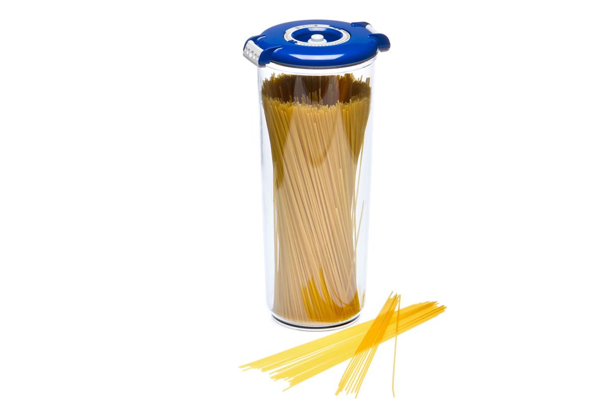 Контейнер вакуумный Status, цвет: прозрачный, синий, 2,5 лVAC-RD-25 BlueВакуумный контейнер Status рекомендован для хранения следующих продуктов: макаронные изделия, крупа, мука, сухофрукты, супы, соусы. Благодаря использованию вакуумных контейнеров, продукты не подвергаются внешнему воздействию и срок хранения значительно увеличивается. Продукты сохраняют свои вкусовые качества и аромат, а запахи в холодильнике не перемешиваются. Контейнер изготовлен из прочного хрустально-прозрачного тритана. На крышке - индикатор даты (месяц, число). Допускается замораживание (до -21 °C), мойка контейнера в посудомоечной машине, разогрев в СВЧ (без крышки). Объем контейнера: 2,5 л. Размер: 13 х 29,5 см.