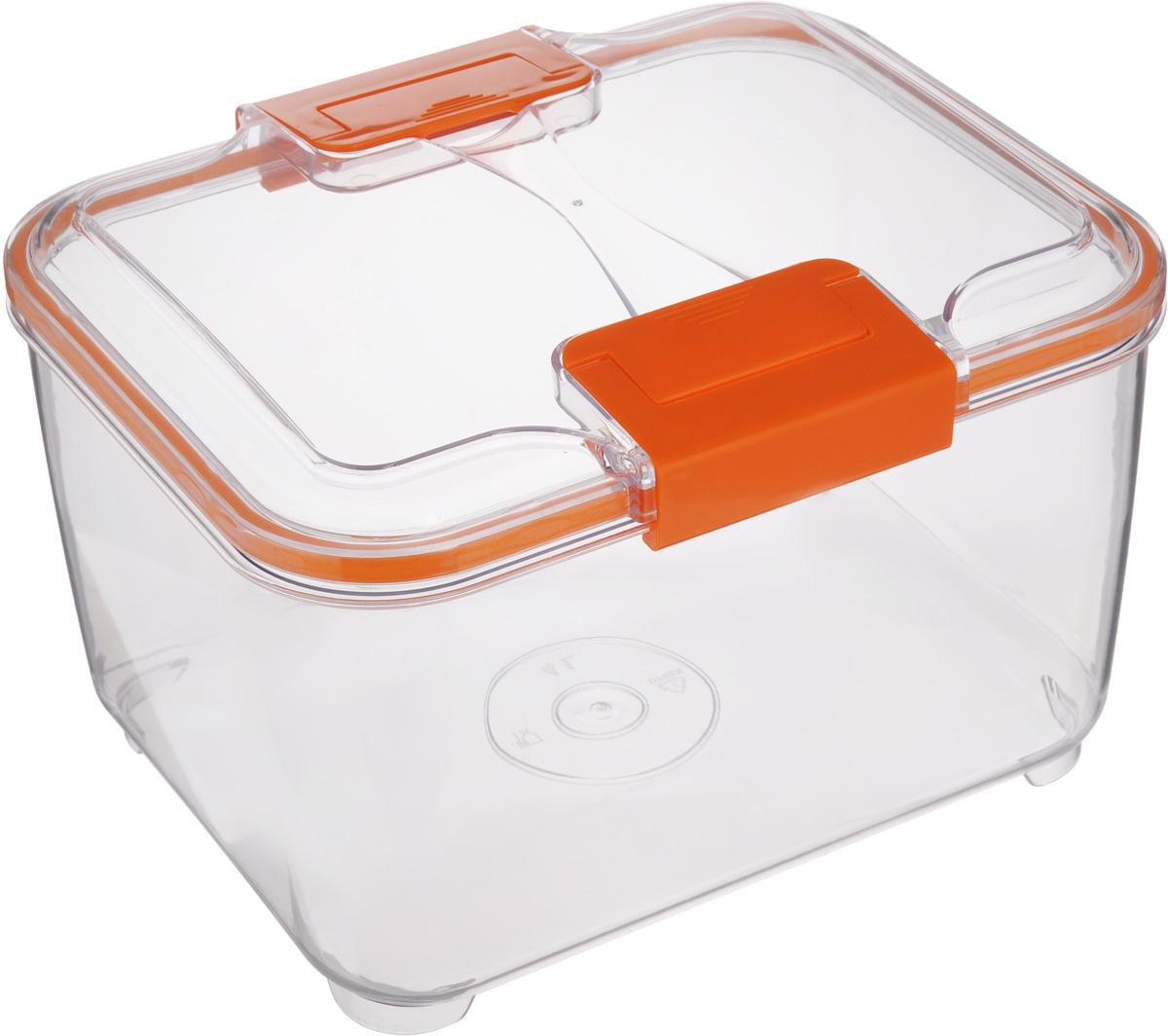 Контейнер Status, цвет: прозрачный, оранжевый, 4 лRC40 OrangeПищевой контейнер Status изготовлен из высококачественного пищевого пластика. Контейнер безопасен для здоровья, не содержит BPA. Изделие имеет прямоугольную форму и оснащено плотно закрывающейся крышкой. Прозрачные стенки позволяют видеть содержимое. Контейнер закрывается при помощи двух защелок. Можно мыть в посудомоечной машине. Контейнер подходит для использования в морозильной камере и СВЧ.
