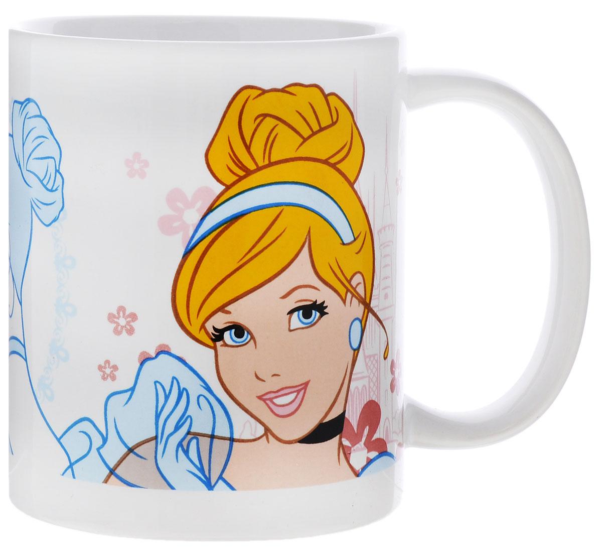 Stor Кружка детская Принцесса Золушка 325 мл70337Детская кружка Stor Принцесса Золушка из серии Stor Disney Princess с любимой героиней станет отличным подарком для вашей малышки. Она выполнена из керамики и оформлена изображением диснеевской принцессы Золушки. Кружка дополнена удобной ручкой. Такой подарок станет не только приятным, но и практичным сувениром: кружка будет незаменимым атрибутом чаепития, а оригинальное оформление кружки добавит ярких эмоций и хорошего настроения. Можно использовать в СВЧ-печи и посудомоечной машине.