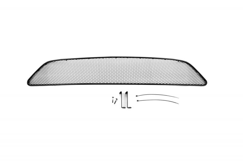 Сетка на бампер внешняя Novline-Autofamily, для Nissan Tiida 2015->01-392015-151В отличие от универсальных сеток, данный продукт разрабатывается индивидуально под каждый бампер автомобиля. Внешняя защитная сетка радиатора полностью повторяет геометрию решетки бампера и гармонично вписывается в общий стиль автомобиля. При создании продукта мы учли как потребности автомобилистов, для которых важна исключительно защитная функция, так и автолюбителей, которые ищут способы подчеркнуть или создать новый стиль своего авто. Функциональность, тюнинг, или и то, и другое? Выбор только за вами. Сетка для защиты радиатора изготовлена из антикоррозионного материала, что гарантирует отсутствие ржавчины в процессе эксплуатации. Простая установка делает этот продукт необыкновенно удобным. В отличие от универсальных сеток, для установки которых требуется снятие бампера, то есть наличие специализированных навыков и дополнительного оборудования (подъемник и так далее), для установки этого продукта понадобится 20 минут времени и отвертка.