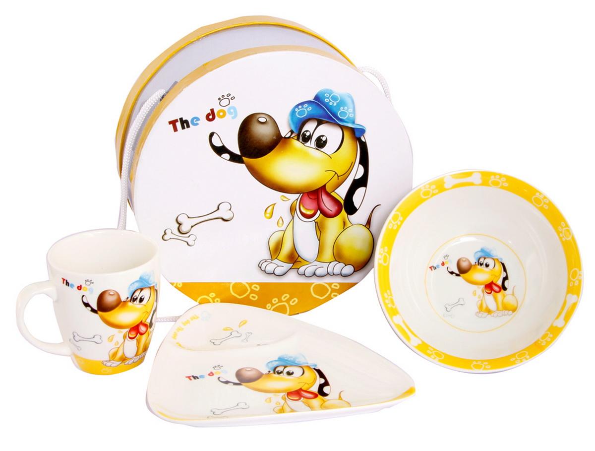 Rosenberg Набор детской посуды Собачка с косточкой8777Набор детской посуды Rosenberg Собачка с косточкой привлечет внимание вашего ребенка и не позволит ему скучать. Набор выполнен из керамики и включает в себя чашку, супницу и тарелку. Посуда оформлена высококачественным изображением забавной собачки в шляпе, сидящей рядом с косточками. Ваш малыш с удовольствием будет кушать из этой посуды, а милый жизнерадостный образ подарит ему хорошее настроение. Порадуйте своего ребенка таким замечательным подарком! Допускается использование в микроволновой печи и мытье в посудомоечной машине. Набор упакован в подарочную коробку. Размеры тарелки: 16,5 см х 17 см х 2 см. Размеры супницы: 15,5 см х 15,5 см х 5 см. Размеры чашки: 10 см х 7,5 см х 8 см.