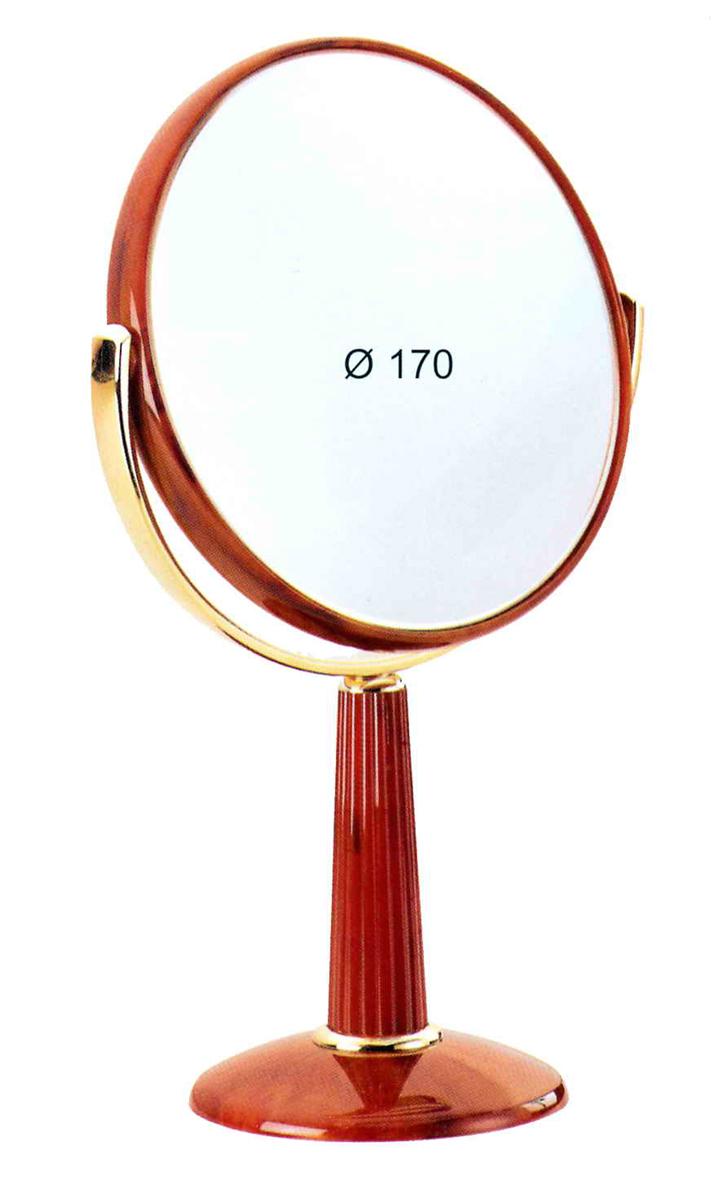 Janeke Зеркало настольное, 78490.3.709972Марка Janeke – мировой лидер по производству расчесок, щеток, маникюрных принадлежностей, зеркал и косметичек. Марка Janeke, основанная в 1830 году, вот уже почти 180 лет поддерживает непревзойденное качество своей продукции, сочетая новейшие технологии с традициями ста- рых миланских мастеров. Все изделия на 80% производятся вручную, а инновационные технологии и современные материалы делают продукцию марки поистине уникальной. Стильный и эргономичный дизайн, яркие цветовые решения – все это приносит истин- ное удовольствие от использования аксессуаров Janeke. Зеркала для дома итальянской марки Janeke, изготовленные из высококачественных материалов и выполненные в оригинальном стильном дизайне, дополнят любой интерьер. Односторонние или двусторонние, с увеличением и без, на красивых и удобных подс- тавках – зеркала Janeke прослужат долго и доставят истинное удо- вольствие от использования