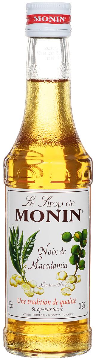 Monin Бразильский орех сироп, 0.25 лSMONN0-000099Густой и маслянистый вкус сиропа Monin Бразильский орех очень напоминает более знакомый в России фундук. Подходит к десертам, кофе, лимонаду, чаю, коктейлям. Сиропы Monin выпускает одноименная французская марка, которая известна как лидирующий производитель алкогольных и безалкогольных сиропов в мире. В 1912 году во французском городке Бурже девятнадцатилетний предприниматель Джордж Монин основал собственную компанию, которая специализировалась на производстве вин, ликеров и сиропов. Место для завода было выбрано не случайно: город Бурже находился в непосредственной близости от крупных сельскохозяйственных районов - главных поставщиков свежих ягод и фруктов. Производство сиропов стало ключевым направлением деятельности компании Monin только в 1945 году, когда пост главы предприятия занял потомок основателя - Пол Монин. Именно под его руководством ассортимент марки пополнился разнообразными сиропами из натуральных ингредиентов, которые...