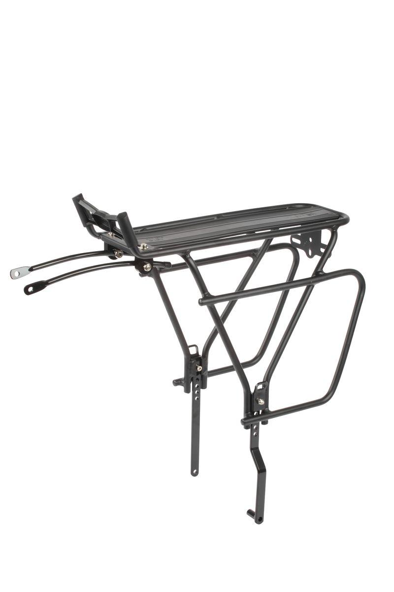 Багажник велосипедный задний Zefal Raider UniversalMHDR2G/AБагажник велосипедный Zefal Zefal Raider Universal жесткой конструкции предназначен для установки на заднее колесо. Материал – высокопрочный алюминий. Багажник универсальный и подходит для велосипедов с колесами размером 26, 27.5, 28 (700с) и 29. Совместим как с ободными тормозами, так и с дисковыми. Максимальная допустимая нагрузка – 25 кг. Zefal – старейший французский производитель велосипедных аксессуаров премиального качества, основанный в 1880 году, является номером один на французском рынке велосипедных аксессуаров. ОСОБЕННОСТИ: - Багажник сделал из алюминия 6061 - Предназначен для установки на заднее колесо- Предназначен для велосипедов как с ободными тормозами, так и с дисковыми- Багажник универсальный и подходит для велосипедов с колесами размером 26, 27.5, 28 (700с) и 29- Максимально допустимая нагрузка 25 кг- Вес багажника 950гр
