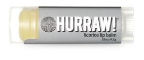 Hurraw! Бальзам для губ Licorice Lip Balm, 4,3 г005113Бальзамы для губ Hurraw! производятся в США на небольшом домашнем производстве. Идея создателей бренда заключалась в том, чтобы разработать поистине идеальный бальзам для губ: натуральный, вегетарианский, произведенный из органических ингредиентов высочайшего качества и не содержащий вредных веществ и искусственных компонентов. Все бальзамы Hurraw! производятся из чистого органического масла, которое добывается путем холодного отжима, что позволяет всем веществам сохранять свои полезные свойства. Помимо этого, приятно знать, что продукция марки Hurraw! не содержит ингредиентов животного происхождения и никогда не тестируется на животных. А еще бальзамы разливаются по флакончикам вручную!