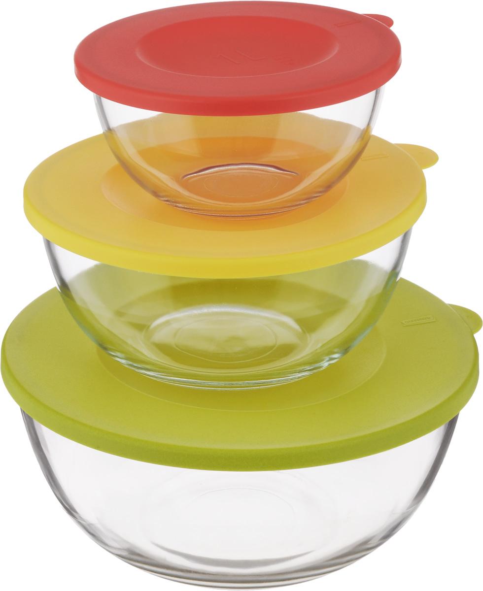 Набор круглых чаш Glasslock, с крышками, 3 шт. GL-1157GL-1157Набор Glasslock состоит из трех круглых чаш. Изделия выполнены из закаленного ударопрочного стекла и оснащены пластиковыми крышками. Изделия плотно и герметично закрываются крышками, что позволяет продуктам дольше оставаться свежими, сохранять аромат и вкус. Благодаря прозрачным стенкам, можно видеть содержимое. Такие чаши подходят для повседневного использования. Они идеальны для овсяных хлопьев, фруктов, риса и многого другого. Также в них можно приготовить салаты. Приятный дизайн подойдет практически для любого случая. Можно мыть в посудомоечной машине, использовать в СВЧ-печах. Подходят для хранения пищи в холодильнике и морозильнике. Не использовать в духовке. Объем чаш: 1 л, 2 л, 4 л. Размер чаши 1 л: 16,5 х 16,5 х 8,5 см. Размер чаши 2 л: 21 х 21 х 10 см. Размер чаши 4 л: 26 х 26 х 12 см.
