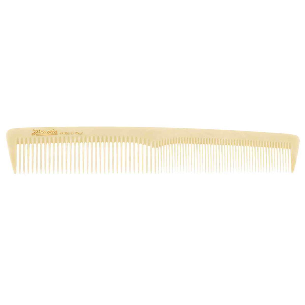 Janeke Расческа для волос. 74804577807Марка Janeke – мировой лидер по производству расчесок, щеток, маникюрных принадлежностей, зеркал и косметичек. Марка Janeke, основанная в 1830 году, вот уже почти 180 лет поддерживает непревзойденное качество своей продукции, сочетая новейшие технологии с традициями ста- рых миланских мастеров. Все изделия на 80% производятся вручную, а инновационные технологии и современные материалы делают продукцию марки поистине уникальной. Стильный и эргономичный дизайн, яркие цветовые решения – все это приносит истин- ное удовольствие от использования аксессуаров Janeke. Пластиковая линия из высококачественного сырья, большое разнообразие моделей и цветов, кончик расчески специально закруглен, чтобы предотвратить разрыв волоса