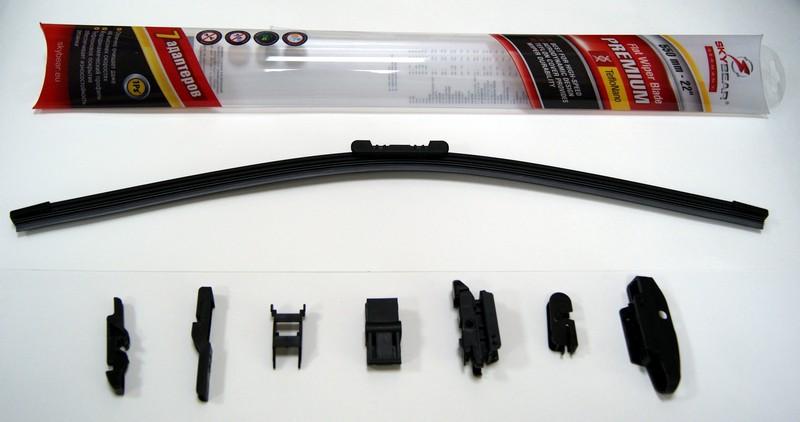 Щетка стеклоочистителя Skybear Premium, бескаркасная, 56 см, 1 шт701220Бескаркасная щетка стеклоочистителя Skybear Premium прекрасно очищает в любую погоду. Тефлоновое покрытие обеспечивает превосходную очистку и увеличивает срок эксплуатации. Щетка обладает аэродинамическим дизайном. Подходит к 95% автомобилей. В комплект входят 7 адаптеров.