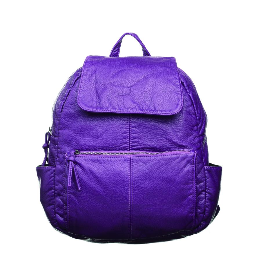 Рюкзак женский OrsOro, цвет: фиолетовый. D-251/7D-251/7Стильный рюкзак OrsOro, выполнен из экокожи и оснащен двумя плечевыми регулируемыми ремнями на спинке и удобной ручкой для переноски. Изделие закрывается на застежку-молнию, внутри имеет одно вместительное отделение с одним накладным карманом для телефона и мелочей и одним прорезным карманом на застежке-молнии. С тыльной стороны изделия имеется прорезной карман на застежке-молнии. Рюкзак оснащен также передним накладным карманом на молнии и двумя боковыми карманами для мелочей. Сумка-рюкзак OrsOro - это выбор молодой, уверенной, стильной женщины, которая ценит качество и комфорт. Изделие станет изысканным дополнением к вашему образу.