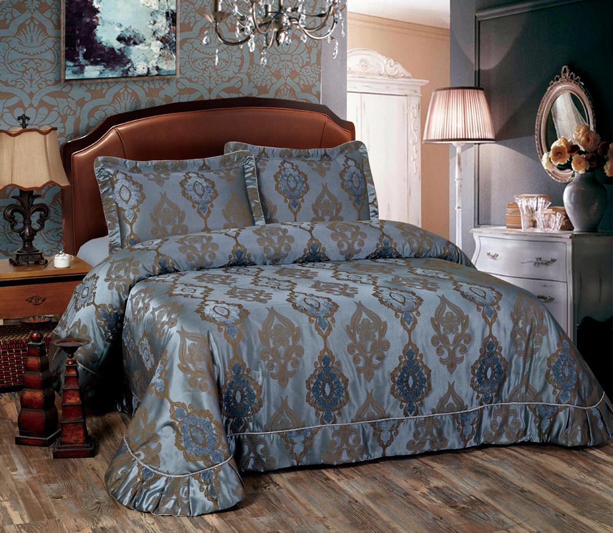 Комплект для спальни Arya Azura: покрывало 250 х 260 см, 2 наволочки 50 х 70 смTR1001095Изысканный комплект для спальни Arya Azura состоит из покрывала и двух наволочек. Изделия выполнены из высококачественного полиэстера, легкие, прочные и износостойкие. Ткань матовая, что придает ей очень большое сходство с хлопком. Комплект Arya Azura - это отличный способ придать спальне уют и комфорт. Размер покрывала: 250 х 260 см. Размер наволочки: 50 х 70 см.