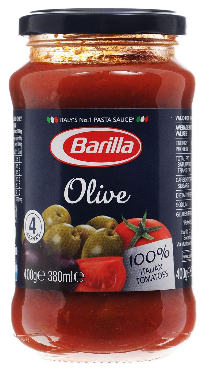 Barilla Sugo Olive оливковый соус, 400 г8076809513715Оливковый соус Barilla создан из черных и зеленых оливок, слегка обжаренных вместе с каперсами и луком. В сочетании с мякотью, созревших под ярким итальянским солнцем помидоров, они создают соус с насыщенным вкусом и ароматом Средиземноморского побережья. Не содержит консервантов и поможет вам создать простое и в то же время изысканное блюдо. Соус Оливковый идеально сочетается с Фузилли. Разогрейте соус в сковороде и смешайте с только что отваренной пастой. Может применяться в качестве основного соуса к пасте или как дополнение к блюдам из мяса, рыбы и овощей.