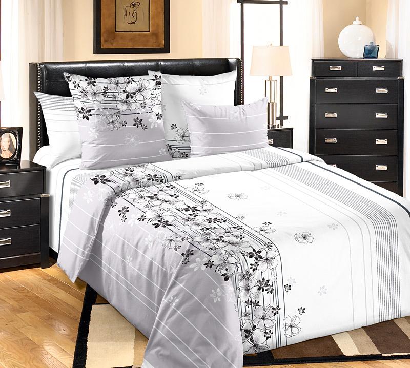 Комплект белья Белиссимо Пальмира 1, евро 1, наволочки 70х70S03301004Великолепное постельное белье Текс-Дизайн Пальмира 1 из высококачественного перкаля (100% хлопок) и украшено ассиметричным цветочным рисунком и линиями. Комплект состоит из пододеяльника, простыни и двух наволочек. Перкаль - это тонкая и легкая хлопчатобумажная ткань высокой плотности полотняного переплетения, сотканная из пряжи высоких номеров. При изготовлении перкаля используются длинноволокнистые сорта хлопка, что обеспечивает высокие потребительские свойства материала. Несмотря на свою утонченность, перкаль очень практичен - это одна из самых износостойких тканей для постельного белья.