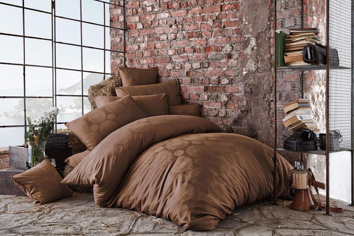 Комплект белья Issimo Home Medusa, евро, наволочки 50x70, цвет: коричневый. 46164616Все белье Issimo – это образец качества. Ровные швы, качественный хлопок, четкие рисунки на тканях, которые не полиняют и не потеряют яркости долгое время – все это говорит о строгом отношении производителя к своей продукции.