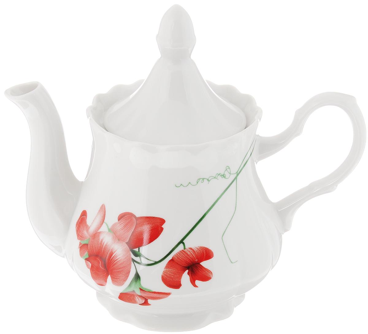 Чайник заварочный Романс. Рубин, 800 мл1224538Заварочный чайник Романс. Рубин изготовлен из высококачественного фарфора. Посуда оформлена ярким рисунком. Такой чайник идеально подойдет для заваривания чая. Он хорошо держит температуру, что способствует более полному раскрытию цвета, аромата и вкуса чайного букета. Изделие прекрасно дополнит сервировку стола к чаепитию и станет его неизменным атрибутом. Объем: 800 мл. Диаметр (по верхнему краю): 9,3 см. Диаметр основания: 8,5 см. Высота чайника (без учета крышки): 12 см.