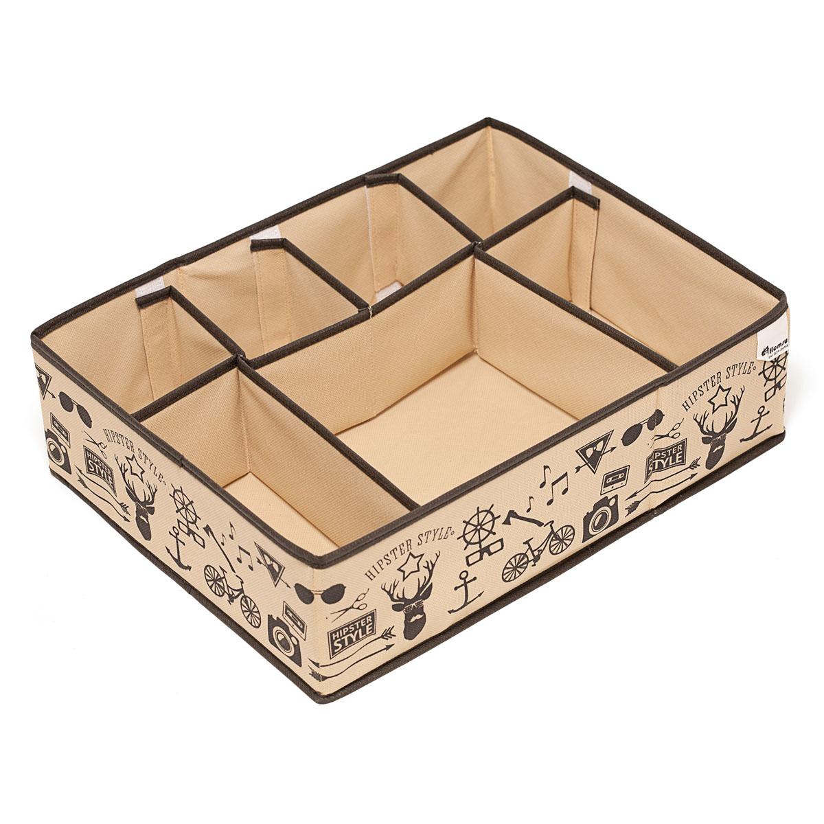 Органайзер для хранения вещей Homsu Hipster Style, 7 секций, 44 х 34 х 11 смHOM-121Компактный органайзер Homsu Hipster Style изготовлен из высококачественного полиэстера, который обеспечивает естественную вентиляцию. Материал позволяет воздуху свободно проникать внутрь, но не пропускает пыль. Органайзер отлично держит форму, благодаря вставкам из плотного картона. Изделие имеет 7 секций для хранения нижнего белья, колготок, носков и другой одежды. Такой органайзер позволит вам хранить вещи компактно и удобно, а оригинальный дизайн сделает вашу гардеробную красивой и невероятно стильной.