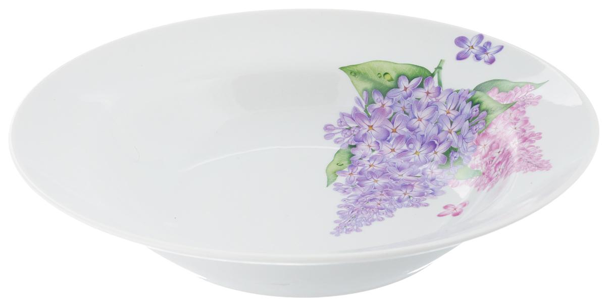 Тарелка глубокая Идиллия. Сирень, диаметр 24 см1303843Тарелка глубокая Идиллия. Сирень, выполненная из высококачественного фарфора, идеальна для сервировки стола первыми блюдами. К тому же, такая тарелка великолепна в качестве емкости при приготовлении - ее можно использовать для ингредиентов салатов, закусок и других блюд. Она прекрасно впишется в интерьер вашей кухни и станет достойным дополнением к кухонному инвентарю. Тарелка Идиллия. Сирень подчеркнет прекрасный вкус хозяйки и станет отличным подарком.