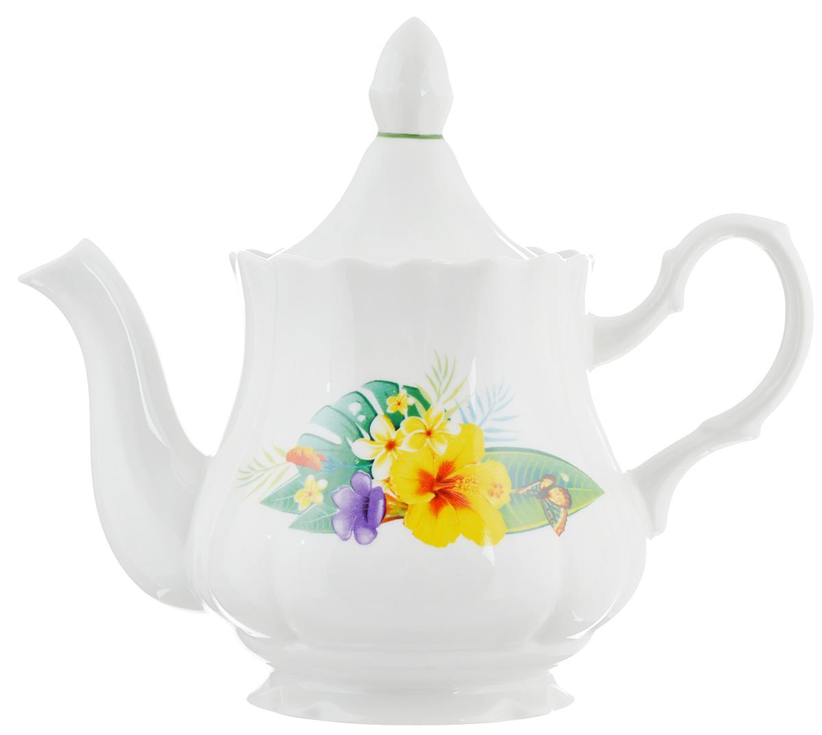 Чайник заварочный Романс. Райский остров, 800 млCM000001328Заварочный чайник Романс. Райский остров выполнен из высококачественного фарфора и покрыт сверкающей глазурью. Изделие оформлено ярким цветочным рисунком и оснащено крышкой. Заварочный чайник Романс. Райский остров придется по вкусу и ценителям классики, и тем, кто предпочитает утонченность и изысканность.Диаметр (по верхнему краю): 10 см. Высота чайника (без учета крышки): 12,5 см.