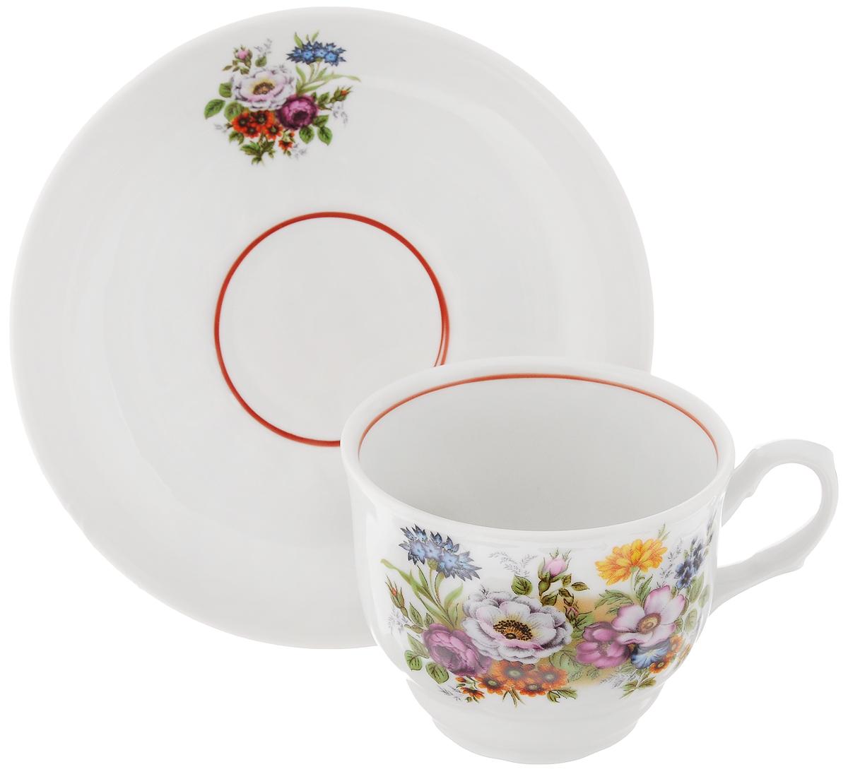 Чайная пара Тюльпан. Букет цветов, 2 предмета115610Чайная пара Тюльпан. Букет цветов состоит из чашки и блюдца, изготовленных из высококачественного фарфора. Яркий дизайн изделий, несомненно, придется вам по вкусу.Чайная пара Тюльпан. Букет цветов украсит ваш кухонный стол, а также станет замечательным подарком к любому празднику.Диаметр чашки (по верхнему краю): 8,5 см.Высота чашки: 7 см.Диаметр блюдца (по верхнему краю): 15 см.Высота блюдца: 3 см.