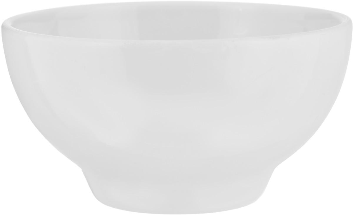 Пиала Белье, 330 мл508040Пиала Белье изготовлена из высококачественного фарфора. Изделие прекрасно подойдет для подачи салата или мороженого. Благодаря изысканному дизайну, такая пиала станет бесспорным украшением праздничного или обеденного стола. Она дополнит коллекцию кухонной посуды и будет служить долгие годы. Диаметр пиалы (по верхнему краю): 11,8 см. Высота стенки пиалы: 6,5 см.