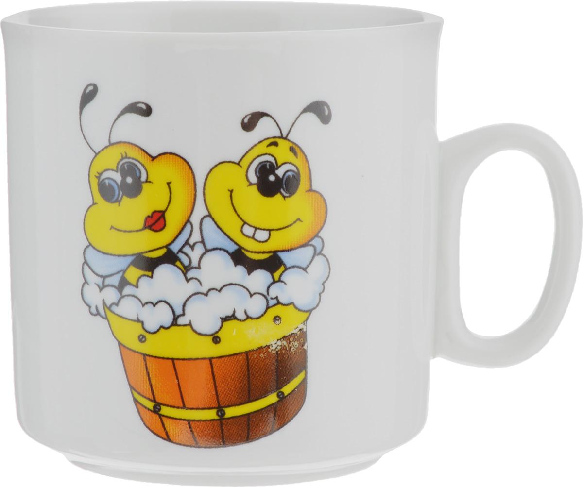 Кружка Пчелы, 200 мл115610Кружка Пчелы изготовлена из высококачественного фарфора. Изделие оформлено красочным рисунком и покрыто превосходной сверкающей глазурью. Изысканная кружка прекрасно оформит стол к чаепитию и станет его неизменным атрибутом.Диаметр кружки (по верхнему краю): 7 см.Высота стенок: 7,5 см.