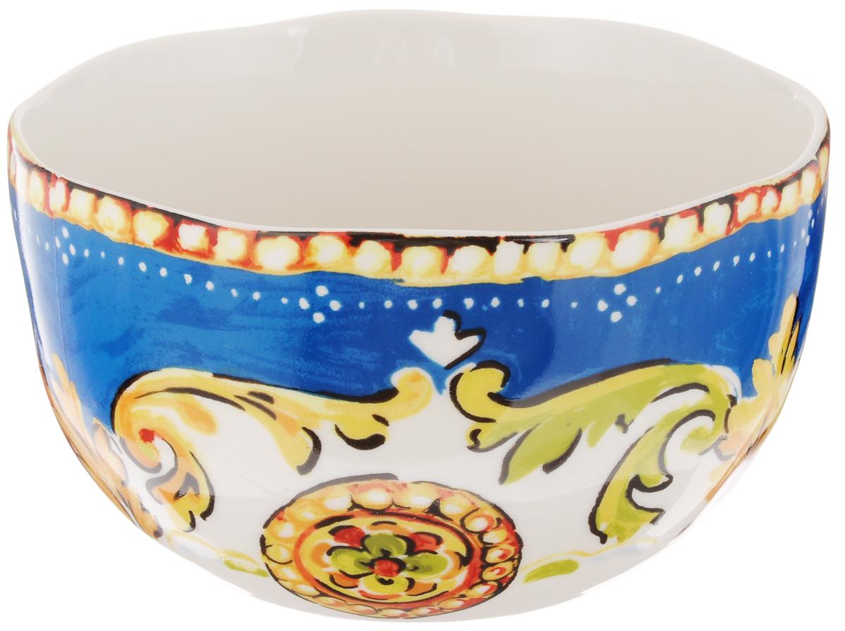 Салатник Utana Оберон, диаметр 15 смUTOB41640Салатник Utana Оберон изготовлен из высококачественной керамики. Изделие идеально подходит для сервировки салатов, закусок, а также подачи супов или каш. Многоступенчатый высокотемпературный обжиг, двухстороннее глазурование и использование подглазурных деколей обеспечивает прочность черепка керамической посуды, превращая его практически в камень, при этом защищая поверхность от царапин, а рисунок от истирания. Теплые краски глазури, плавные линии росписи, удобство, долговечность и безопасность, европейское качество и многовековая самобытность национального и культурного наследия индонезийских мастеров - вот то, что является отличительными признаками керамической посуды Utana. Любая коллекция этого производителя создает праздничное настроение и уют в каждом доме. Посуда из керамики, имеющая знак 222 FIFHT, - особая линия посуды, очень популярная в Европе и США, каждый дизайн которой уникален и спустя годы будет так же великолепно свеж и привлекателен. Посуду...
