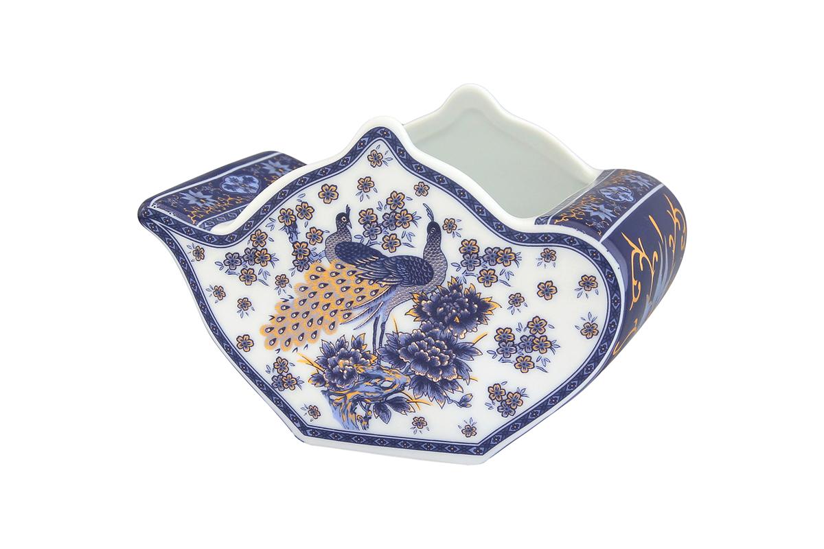 Подставка сервировочная для чайных пакетиков Elan Gallery Чайник. Павлин синий, 12 х 9 х 8 см503990Сервировочная подставка для чайных пакетиков Elan Gallery Чайник. Павлин синий, изготовленная из высококачественной керамики, порадует вас оригинальностью и дизайном. Изделие имеет изысканный внешний вид. Такая подставка, несомненно, понравится любой хозяйке и украсит интерьер любой кухни!