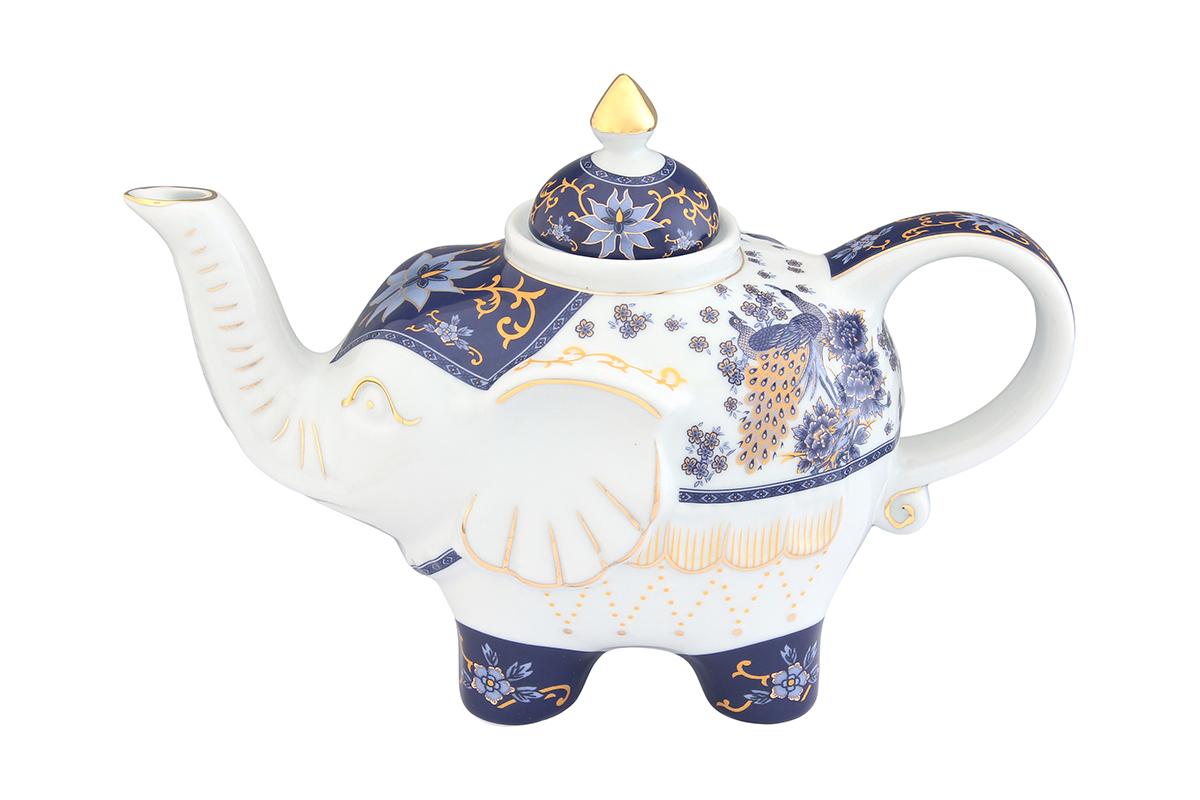 Чайник заварочный Elan Gallery Павлин синий, 750 мл94672Оригинальный заварочный чайник Elan Gallery Павлин синий изготовлен из высококачественной керамики. Изделие декорировано красочным рисунком и золотистой эмалью. Чайник снабжен удобной ручкой и широким носиком. Загадочная страна Индия: чай, слоны, солнце, праздник! Чайник, выполненный в форме слона, будет напоминать вам об Индии и наполнит ваш дом солнечным настроением.