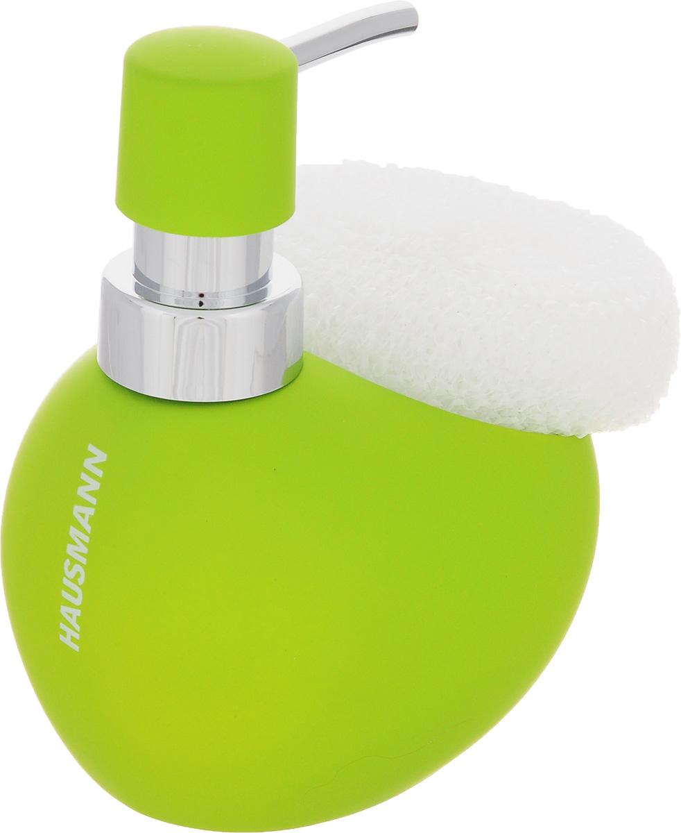 Дозатор для моющего средства Hausmann, с губкой, цвет: салатовый, 300 млUP210DFДозатор Hausmann, выполненный из керамики, прекрасно подходит для удобной дозировки и хранения моющих средств на кухонном гарнитуре, рядом с мойкой. В комплекте имеется губка.Высота дозатора (с учетом крышки): 13,5 см.Размер дозатора (без учета крышки): 11,5 х 9,5 х 9 см.Размер губки: 9 х 8,5 х 3,5 см.