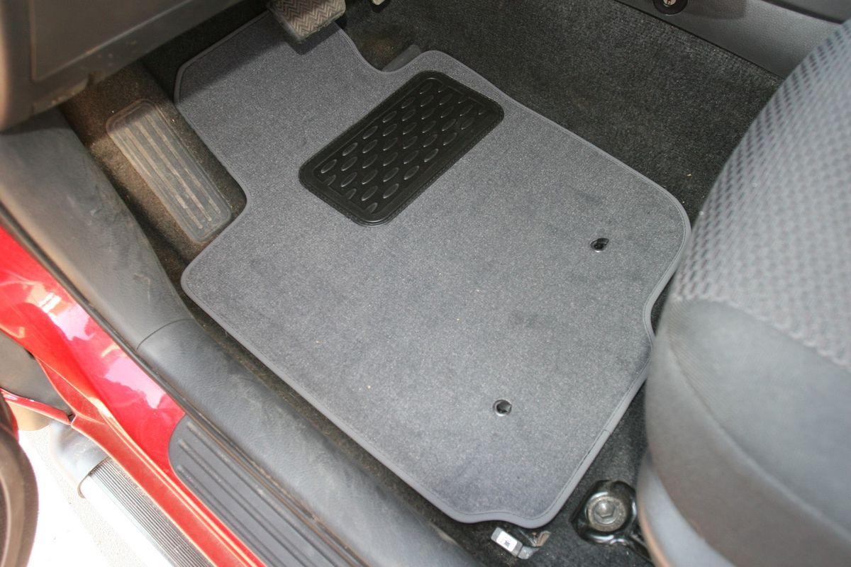 Набор автомобильных ковриков Novline-Autofamily для Toyota Rav 4 5D АКПП 2006-2009, универсал, в салон, 5 шт набор автомобильных ковриков novline autofamily для toyota hilux double cab акпп 2012 пикап в салон 5 шт