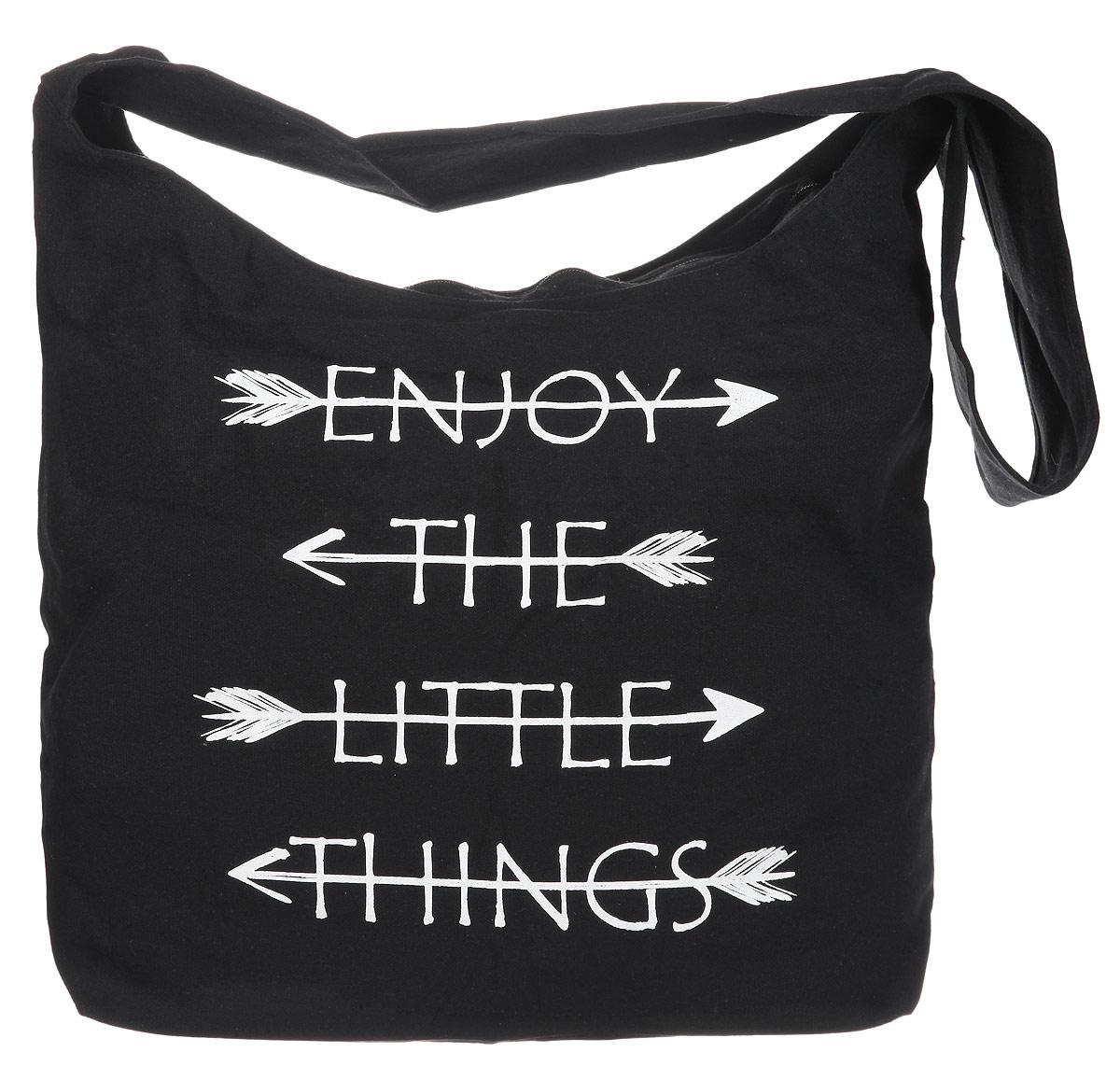 Сумка женская Moodo, цвет: черный. L-TO-20043-47670-00504Универсальная хлопковая сумка Moodo оформлена стильным принтом с надписями на английском языке.Сумка имеет одно вместительное отделение, закрывающееся на застежку-молнию. Внутри изделия расположен нашивной кармашек на молнии. Сумка оснащена удобной лямкой, которая позволит носить изделие, как в руках, так и на плече.Модная сумка идеально подчеркнет ваш неповторимый стиль.